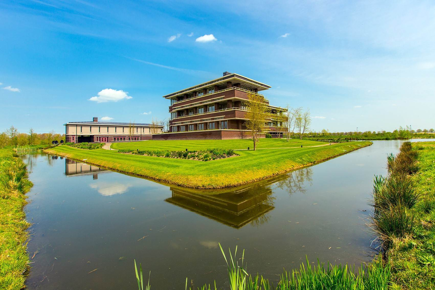 13. Estate for Sale at Exceptional estate Gorinchem, Netherlands