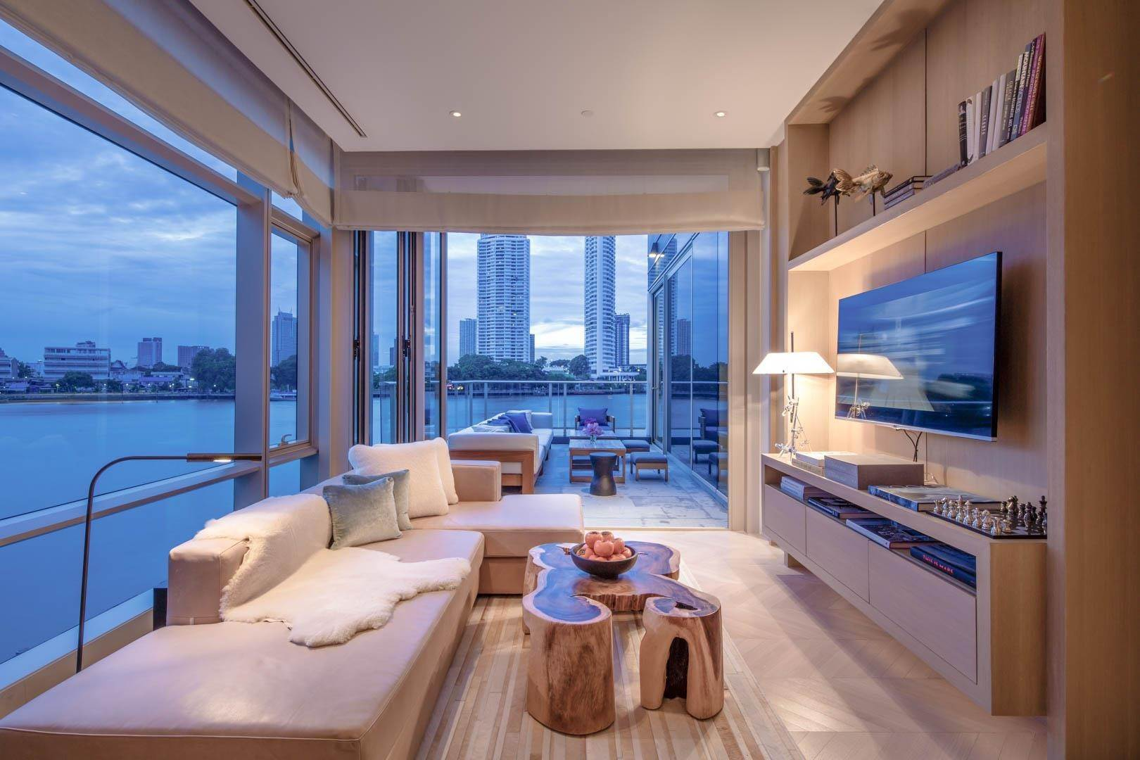 Condominium for Sale at Four Seasons Private Residences, Bangkok, 4 Bedroom, Duplex Bangkok, Thailand