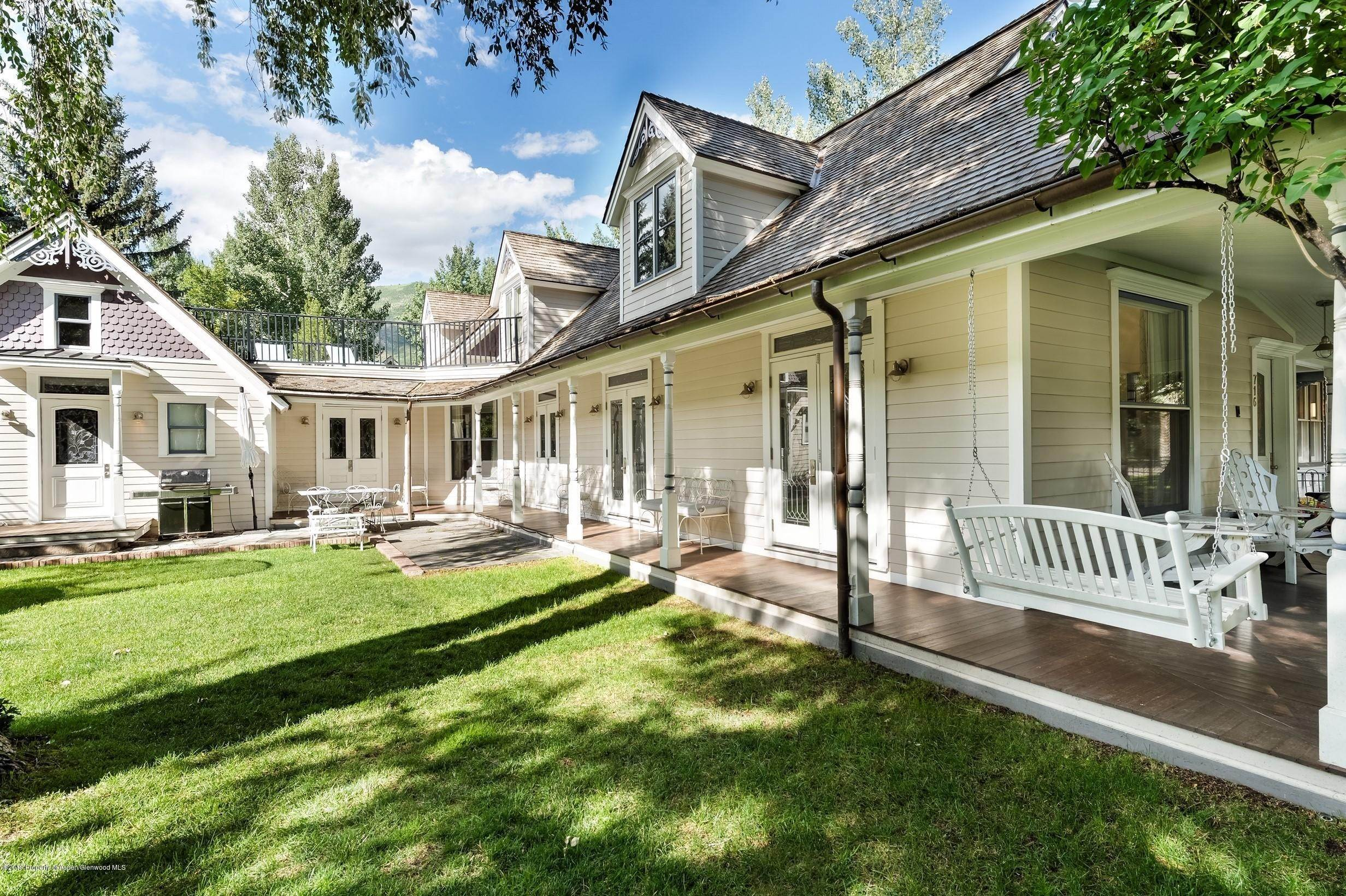 Single Family Home por un Alquiler en 716 W Francis Street Aspen, Colorado,81611 Estados Unidos