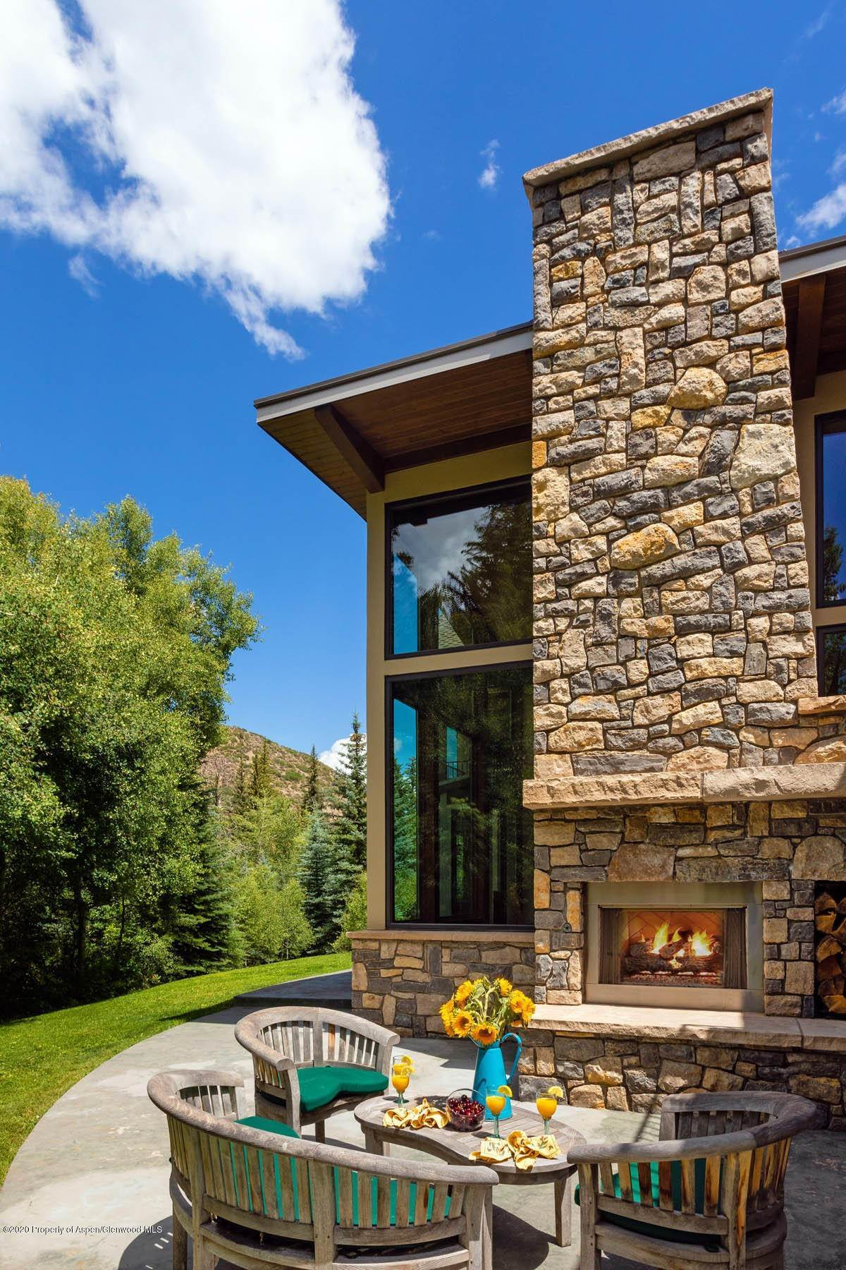 32. Single Family Home vì Bán tại 307 Whisperwind Way Snowmass, Colorado,81654 Hoa Kỳ