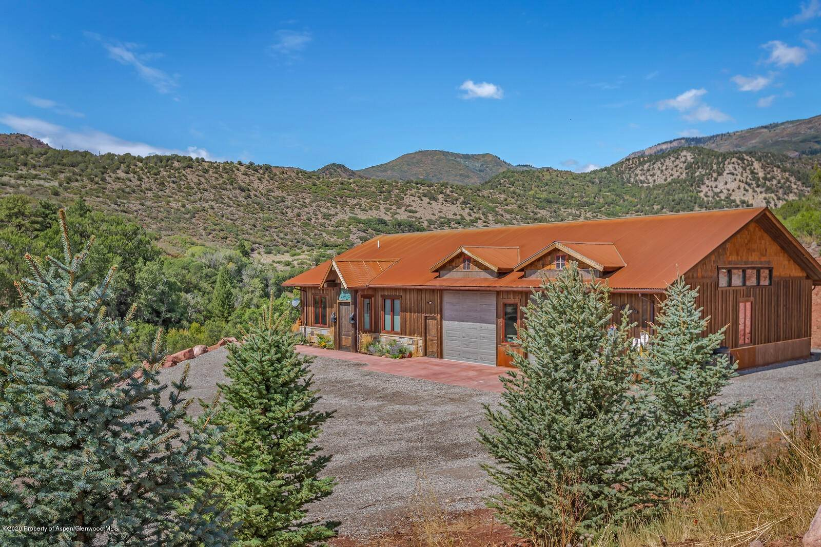 Single Family Home 為 出售 在 2123 County Road 137 Glenwood Springs, 科羅拉多州,81601 美國