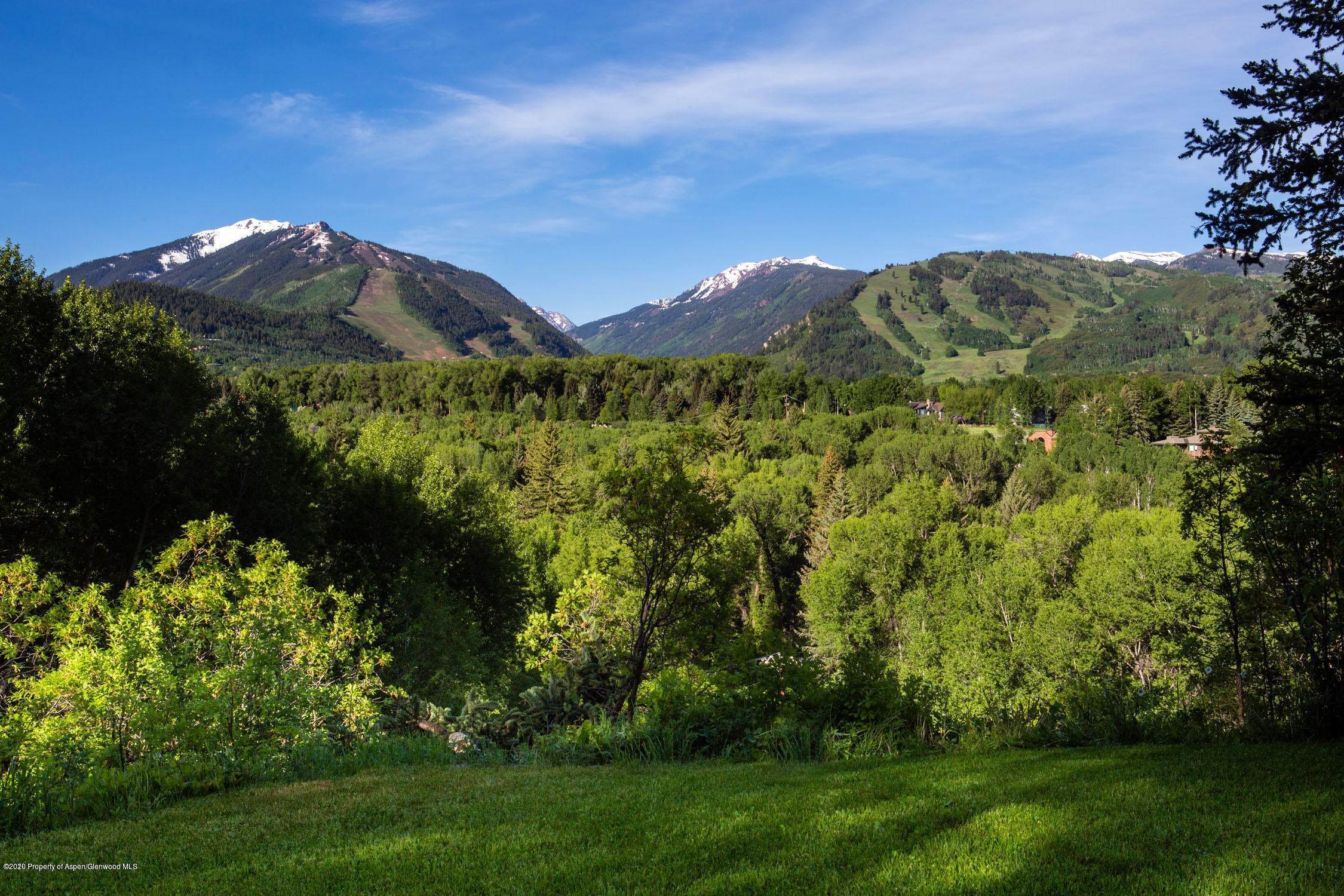 27. Single Family Home por un Venta en 904 Willoughby Way Aspen, Colorado,81611 Estados Unidos