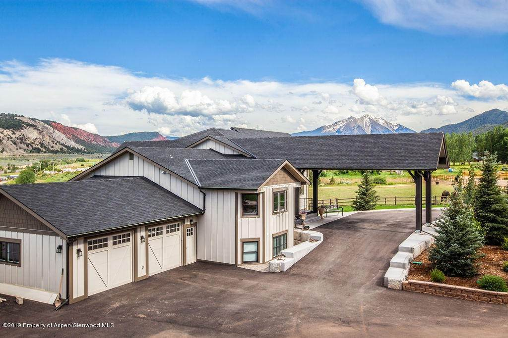 Single Family Home 為 出售 在 2074 County Road 109 Glenwood Springs, 科羅拉多州,81601 美國