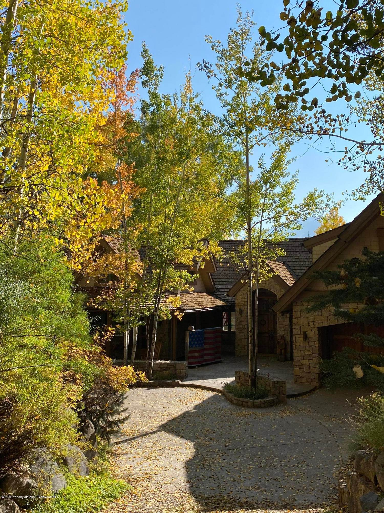 41. Single Family Home por un Venta en 904 Willoughby Way Aspen, Colorado,81611 Estados Unidos