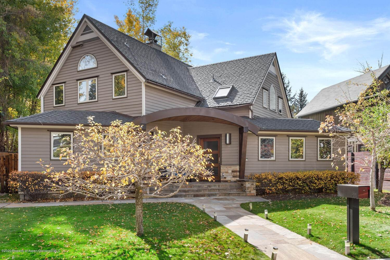 41. Single Family Home for Sale at 711 W Bleeker Street Aspen, Colorado,81611 United States