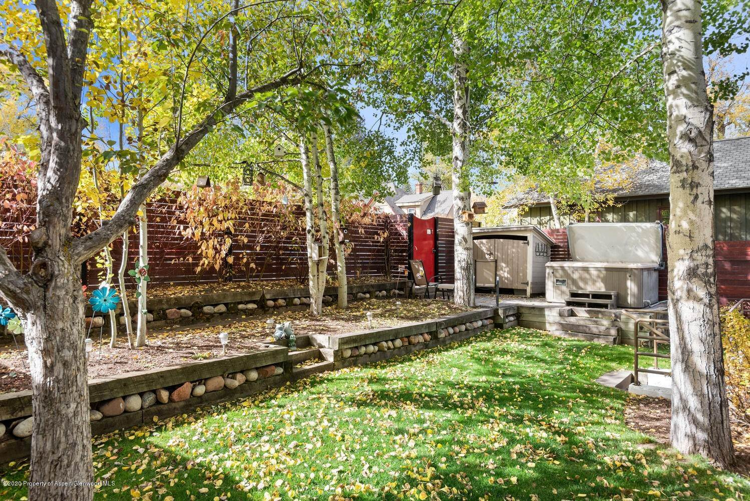 40. Single Family Home for Sale at 711 W Bleeker Street Aspen, Colorado,81611 United States