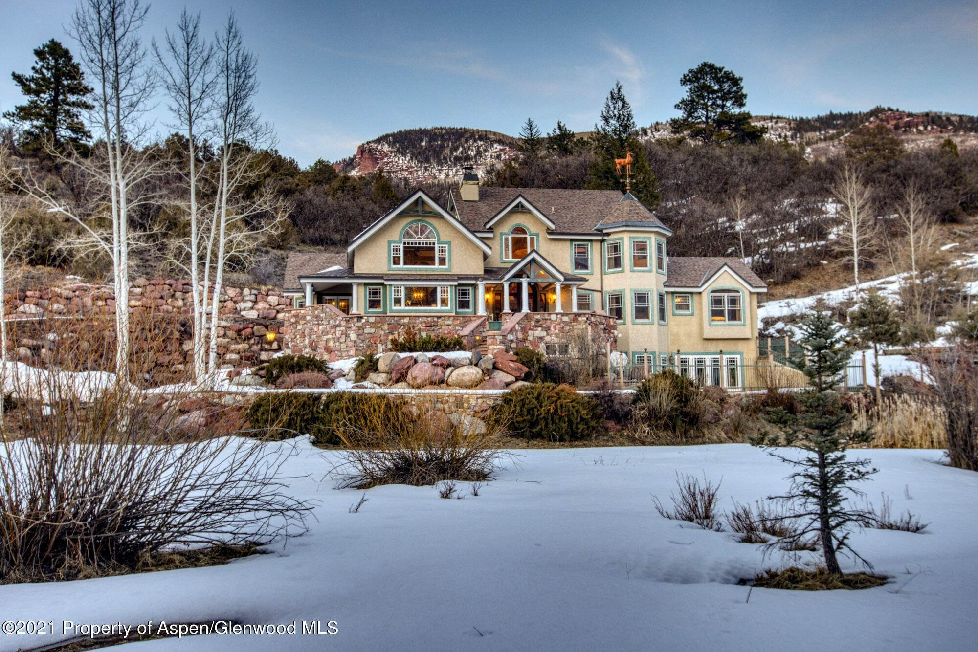 Single Family Home por un Venta en 17683 Highway 133 Redstone, Colorado,81623 Estados Unidos
