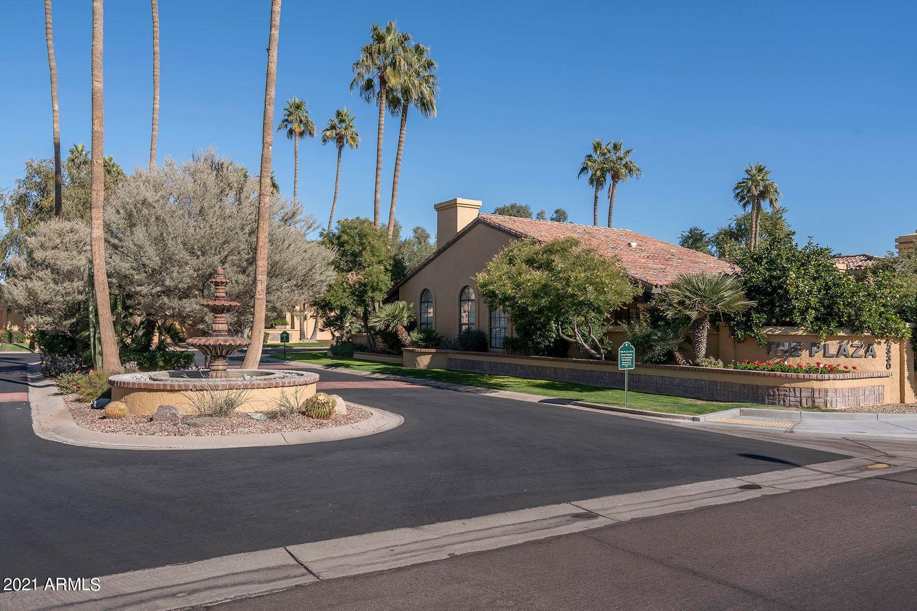28. Single Family Home for Sale at 7330 E Palo Verde Drive Unit 13 Scottsdale, Arizona,85250 United States