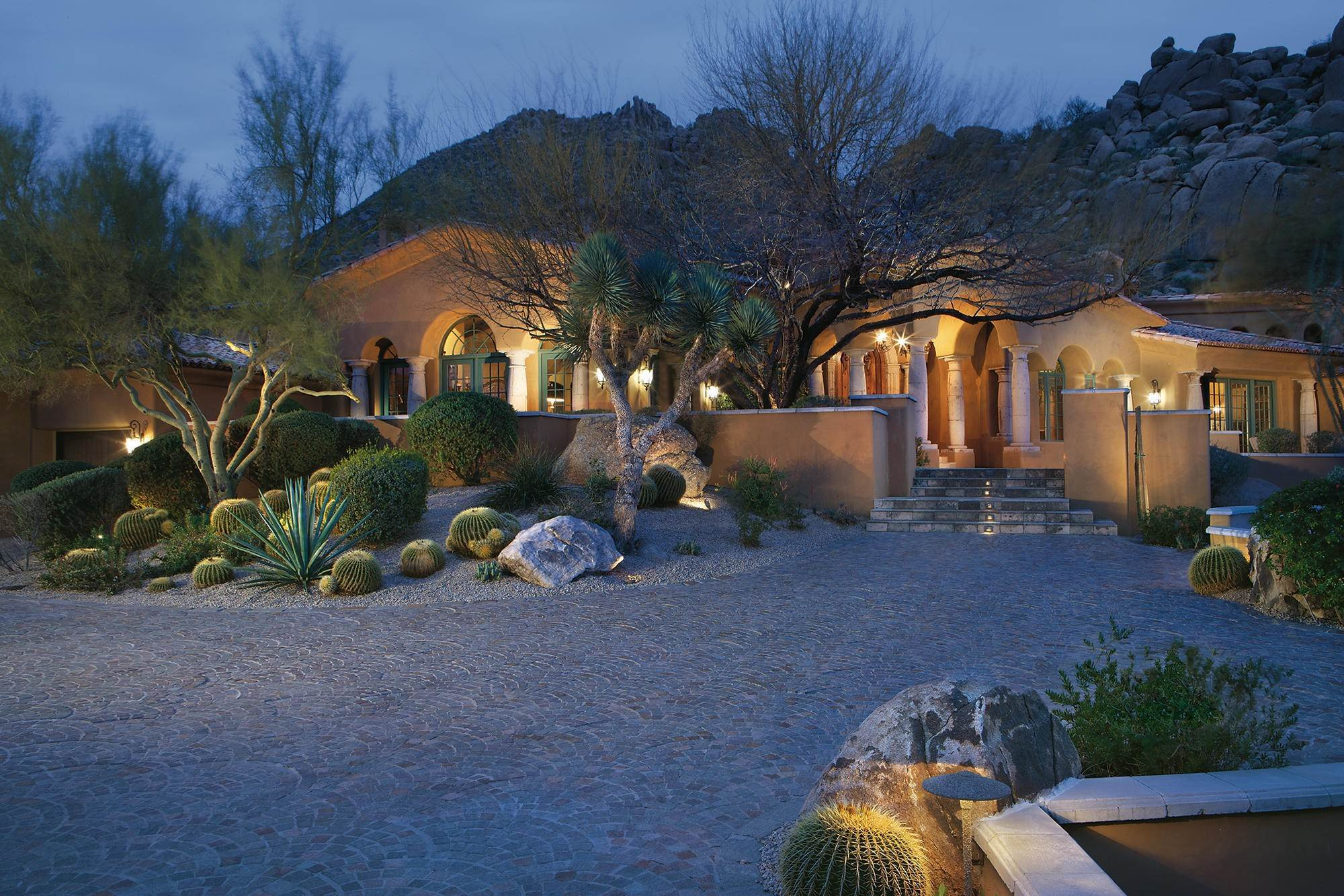 Single Family Home for Sale at 10967 E Troon Mountain Drive Scottsdale, Arizona,85255 United States