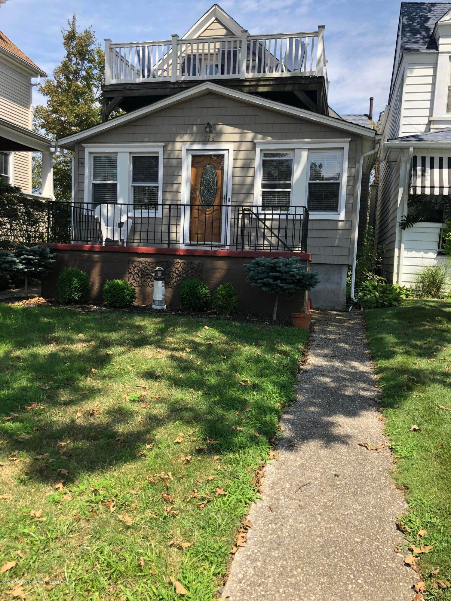 Single Family Home for Rent at 226 Sylvania Avenue Avon by the Sea, New Jersey,07717 United States
