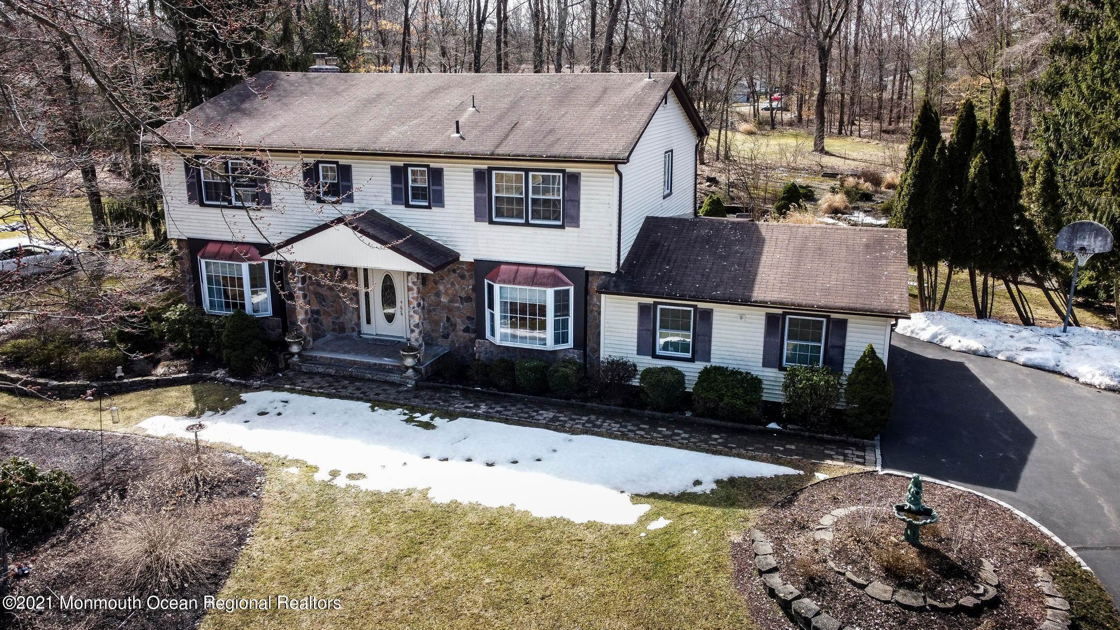 Single Family Home for Sale at 150 Bee Meadow Parkway Whippany, New Jersey,07981 United States