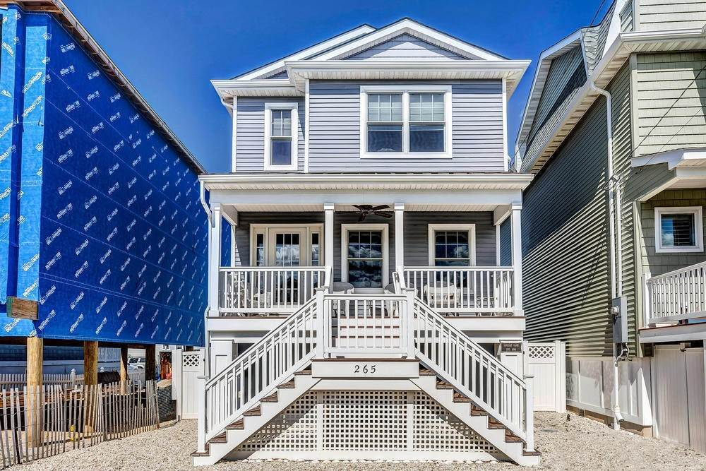 Single Family Home for Rent at 265 1st Avenue Manasquan, New Jersey,08736 United States