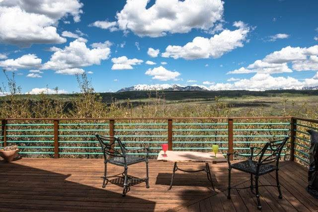 21. Single Family Home per Vendita alle ore 450 South Point Road Placerville, Colorado,81430 Stati Uniti