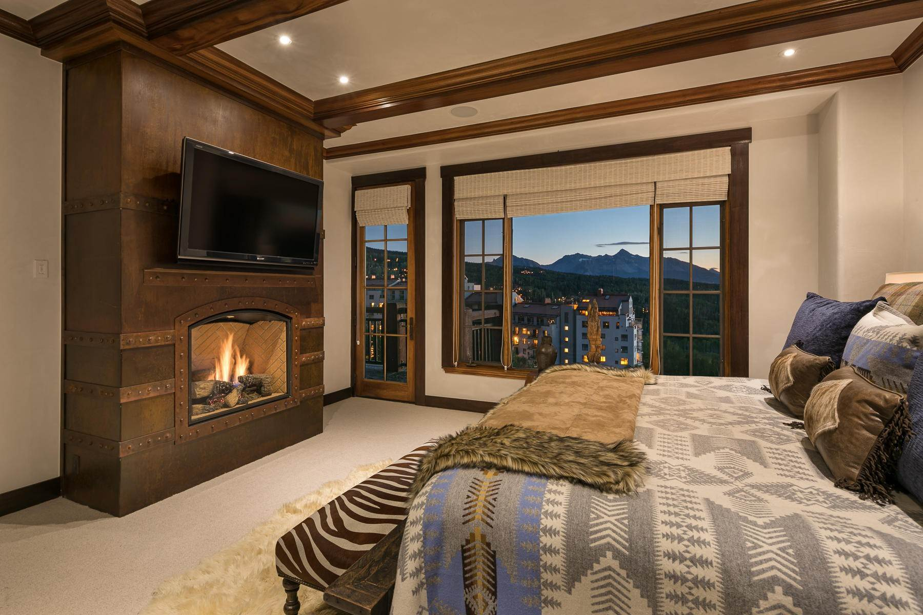 15. Condominium for Sale at 117 Sunny Ridge Place Mountain Village, Colorado,81435 United States