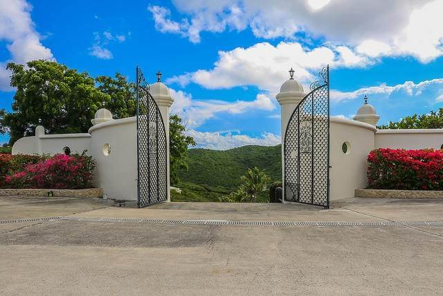 12. Villa/Townhouse for Sale at Virgin Islands Castle on the Coast of St. Croix 13 North Slob EB St Croix, Virgin Islands,00820 United States Virgin Islands