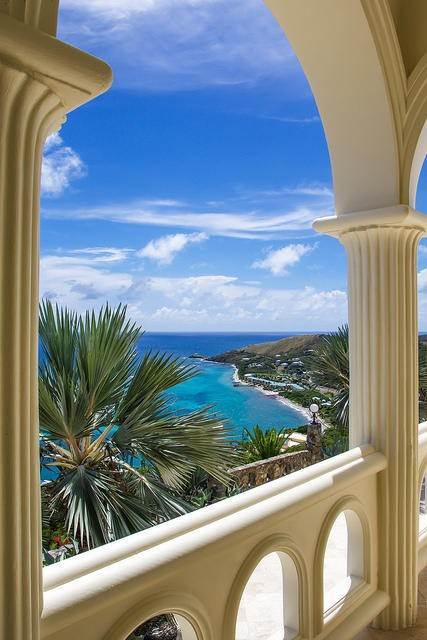 18. Villa/Townhouse for Sale at Virgin Islands Castle on the Coast of St. Croix 13 North Slob EB St Croix, Virgin Islands,00820 United States Virgin Islands