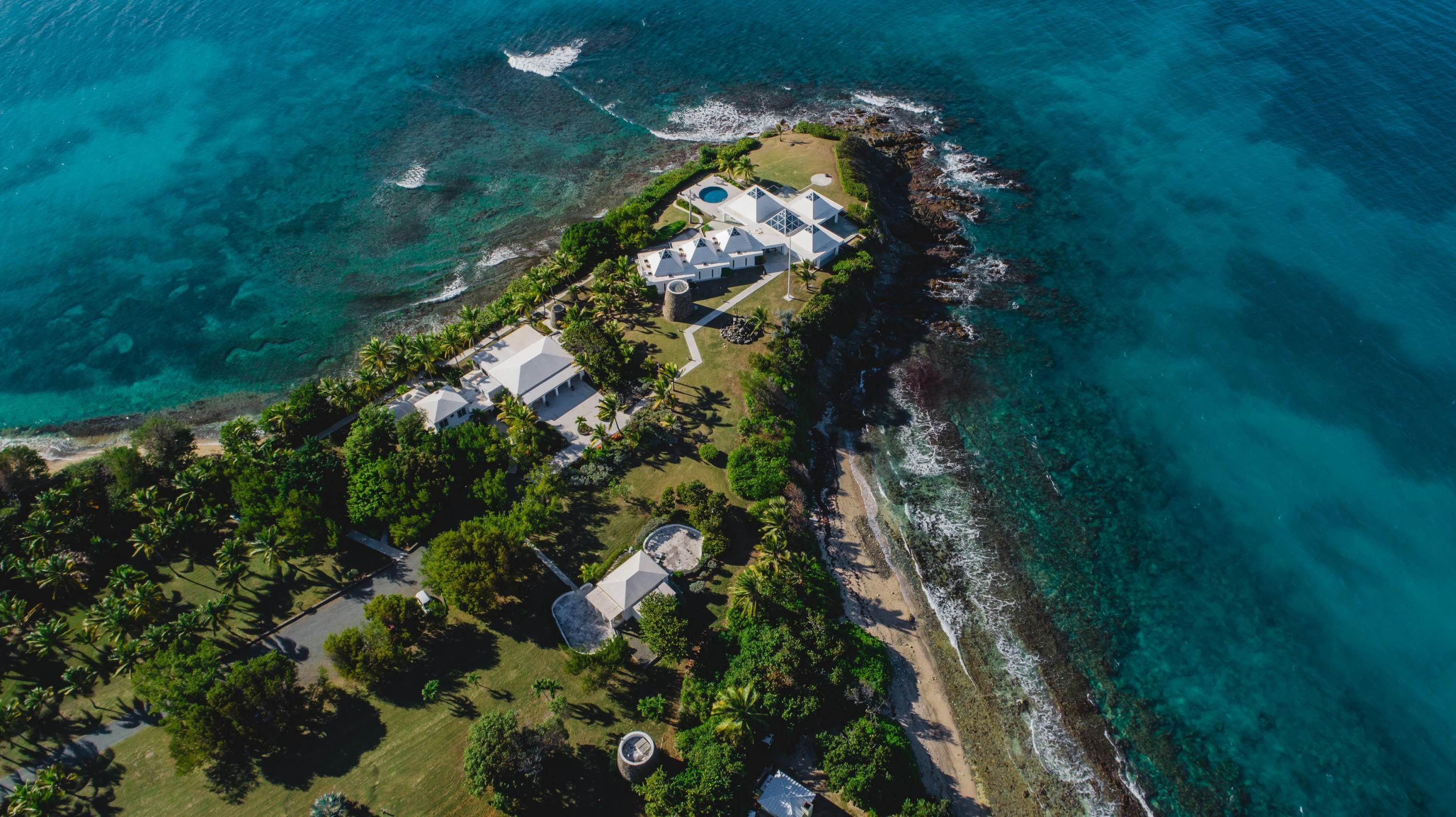 4. 저택 용 매매 에 Private St. Croix Compound with Three Guest Houses 1 Anna's Hope EA St Croix, Virgin Islands,00820 미국령 버진 아일랜드