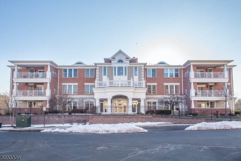 Condominium for Sale at 50 Four Seasons Drive #50 North Caldwell, New Jersey,07006 United States