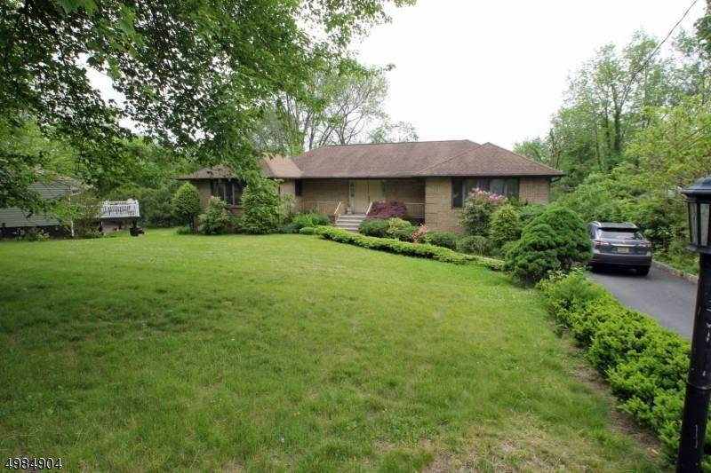 Single Family Home for Sale at 19 Reynolds Avenue Parsippany Troy Hills, New Jersey,07054 United States