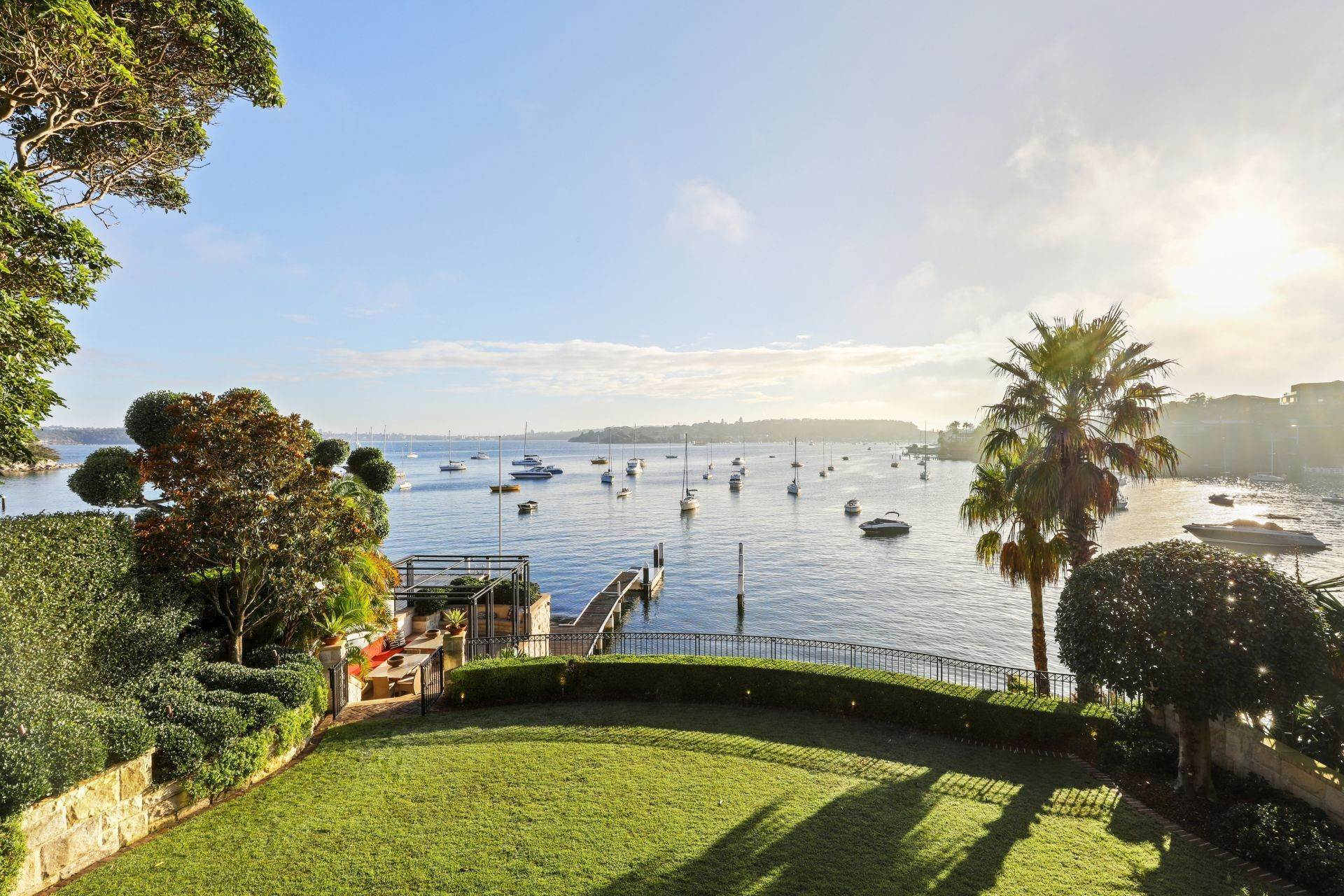 14. Single Family Home for Sale at Absolute Waterfront Estate With World-Class Boating Facilities 21 Coolong Road Vaucluse, New South Wales,2030 Australia