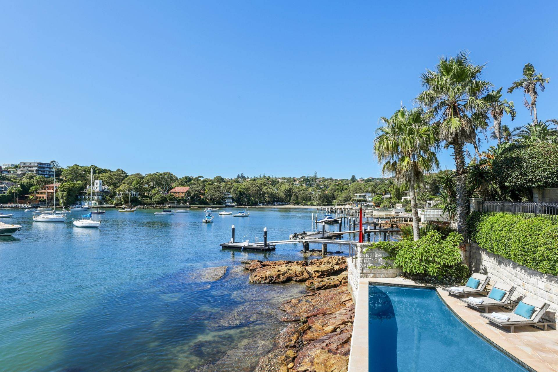 6. Single Family Home for Sale at Absolute Waterfront Estate With World-Class Boating Facilities 21 Coolong Road Vaucluse, New South Wales,2030 Australia