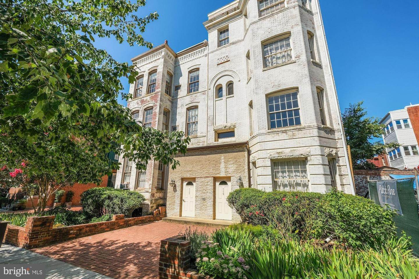 Villa/Townhouse for Sale at Twin/Semi-Detached, Multi-Family - WASHINGTON, DC 117 12TH ST SE Washington, District Of Columbia,20003 United States