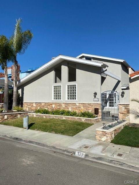 Single Family Home for Sale at 127 Electric Avenue Seal Beach, California,90740 United States