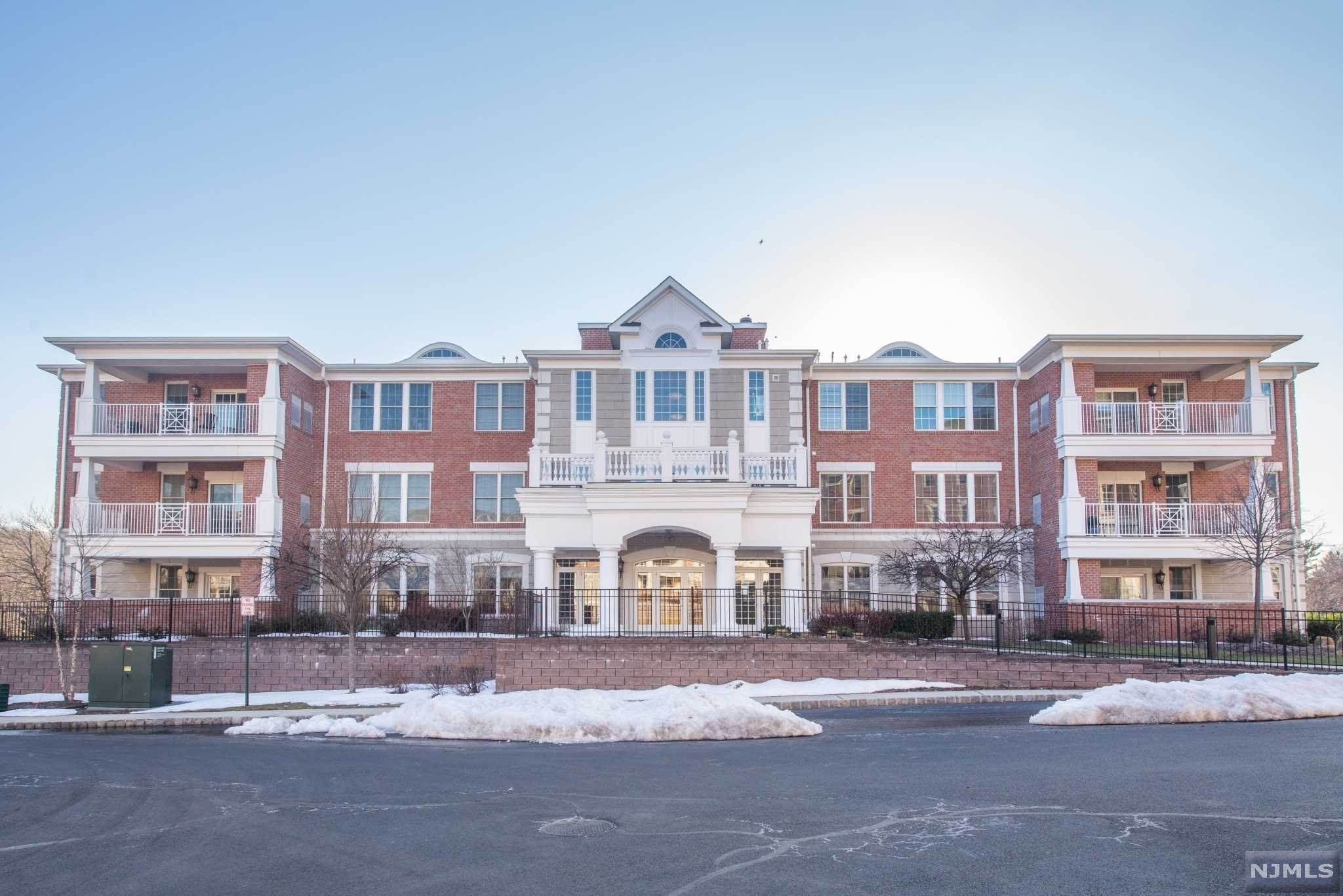 Condominium for Sale at 50 Four Seasons Drive North Caldwell, New Jersey,07006 United States
