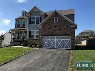 Single Family Home for Sale at 15 Sagamore Drive North Caldwell, New Jersey,07006 United States
