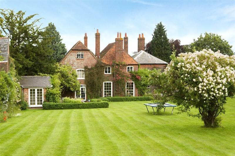 Property For Sale In West Malling Kent