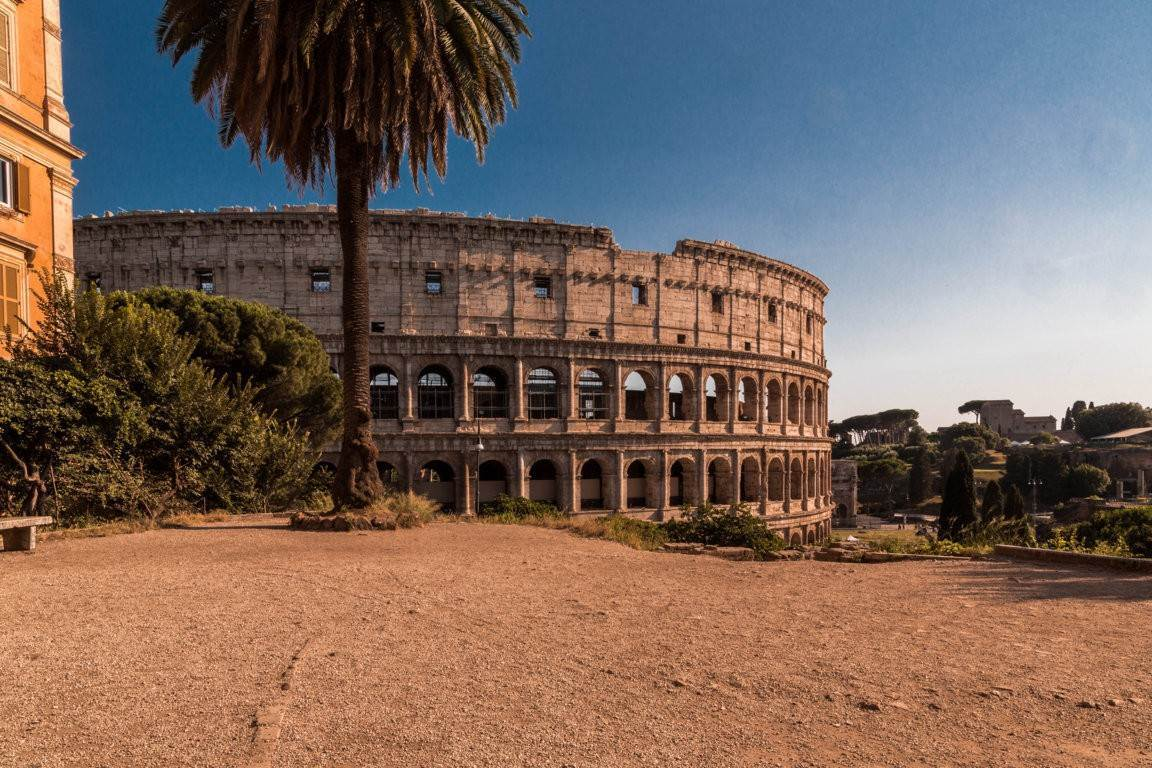 Apartamento por un Venta en Rome, prestigious apartment with breath-taking view of the Coliseum and the Ancient Rome Rome, Italia