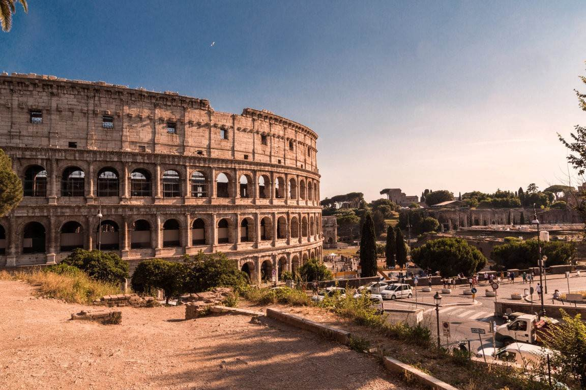 2. Apartamento por un Venta en Rome, prestigious apartment with breath-taking view of the Coliseum and the Ancient Rome Rome, Italia