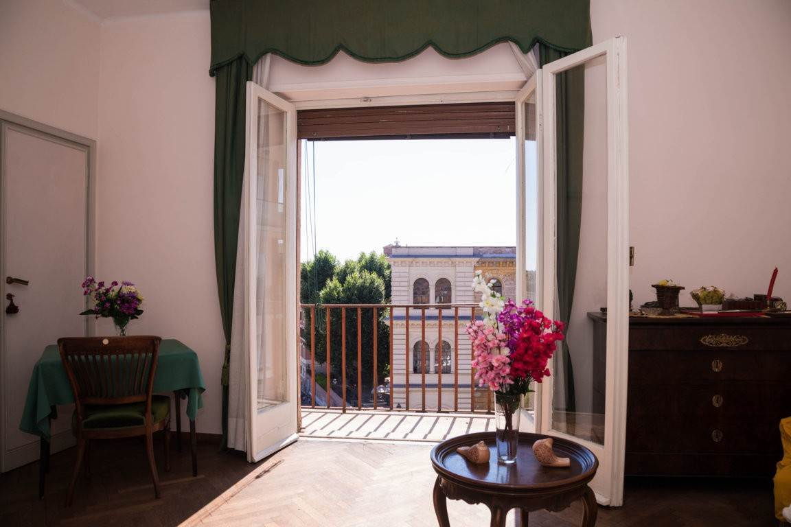 30. Apartamento por un Venta en Rome, prestigious apartment with breath-taking view of the Coliseum and the Ancient Rome Rome, Italia