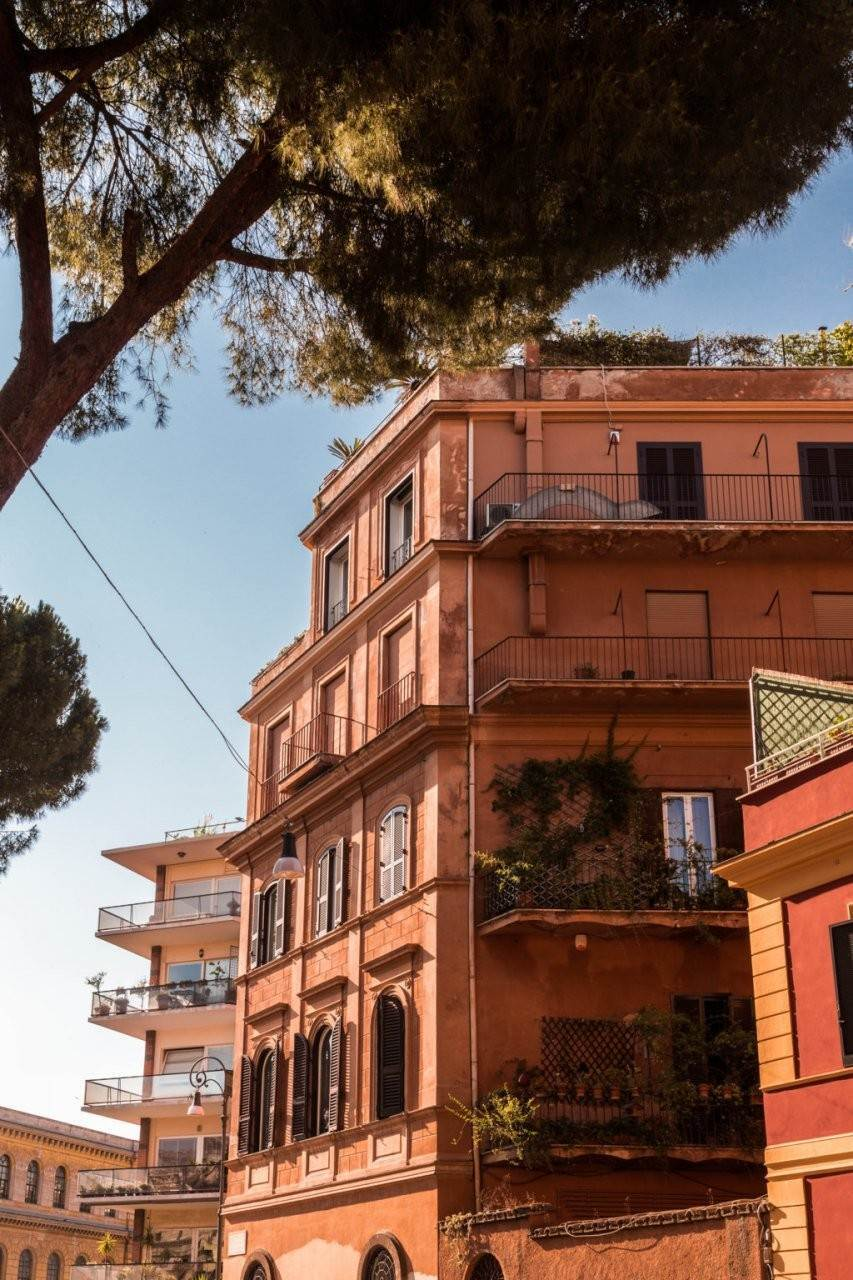 57. Apartamento por un Venta en Rome, prestigious apartment with breath-taking view of the Coliseum and the Ancient Rome Rome, Italia