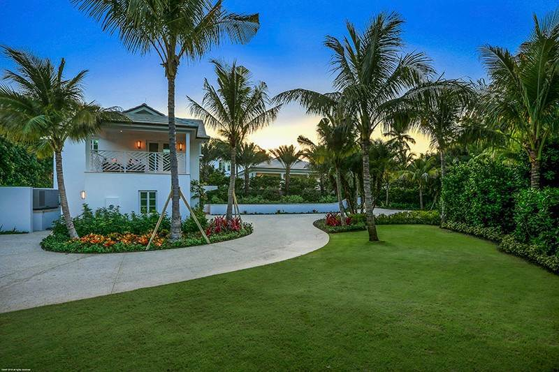 5. Single Family Home vì Bán tại The Ultimate in Oceanfront Living Jupiter Island, Florida,33455 Hoa Kỳ