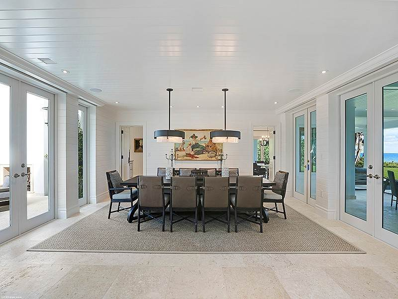 16. Single Family Home vì Bán tại The Ultimate in Oceanfront Living Jupiter Island, Florida,33455 Hoa Kỳ
