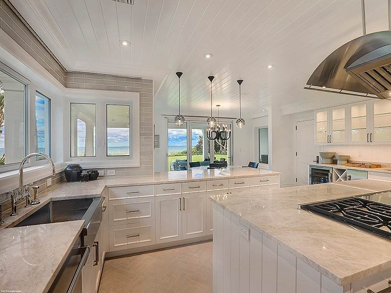 24. Single Family Home vì Bán tại The Ultimate in Oceanfront Living Jupiter Island, Florida,33455 Hoa Kỳ