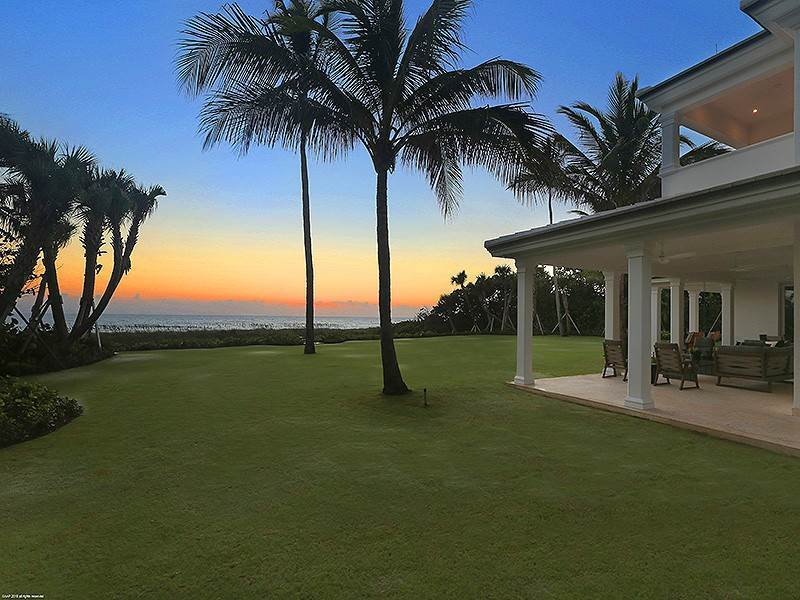 55. Single Family Home vì Bán tại The Ultimate in Oceanfront Living Jupiter Island, Florida,33455 Hoa Kỳ