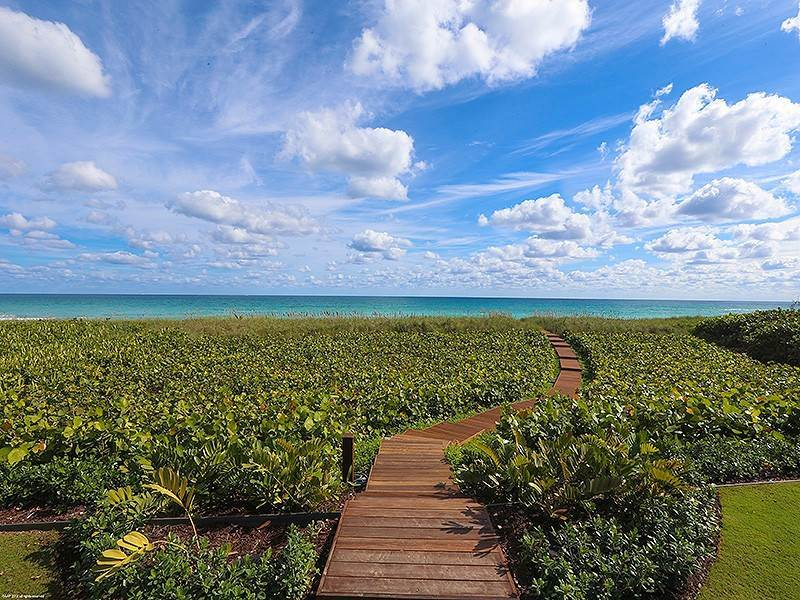 63. Single Family Home vì Bán tại The Ultimate in Oceanfront Living Jupiter Island, Florida,33455 Hoa Kỳ