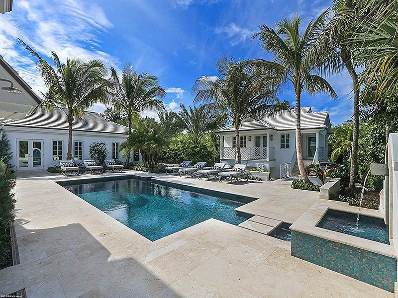 46. Single Family Home vì Bán tại The Ultimate in Oceanfront Living Jupiter Island, Florida,33455 Hoa Kỳ