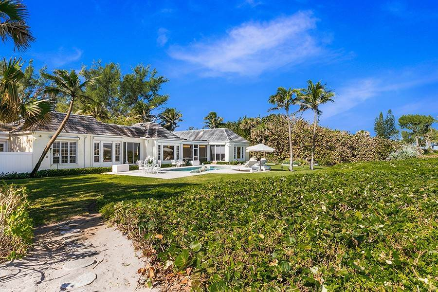 33. Single Family Home para Venda às Splendid Jupiter Island Oceanfront Jupiter Island, Florida,33455 Estados Unidos