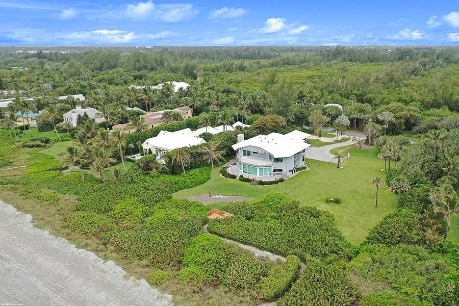 8. Single Family Home のために 売買 アット INTRIGUING OPPORTUNITIES AWAIT! Jupiter Island, フロリダ,33455 アメリカ