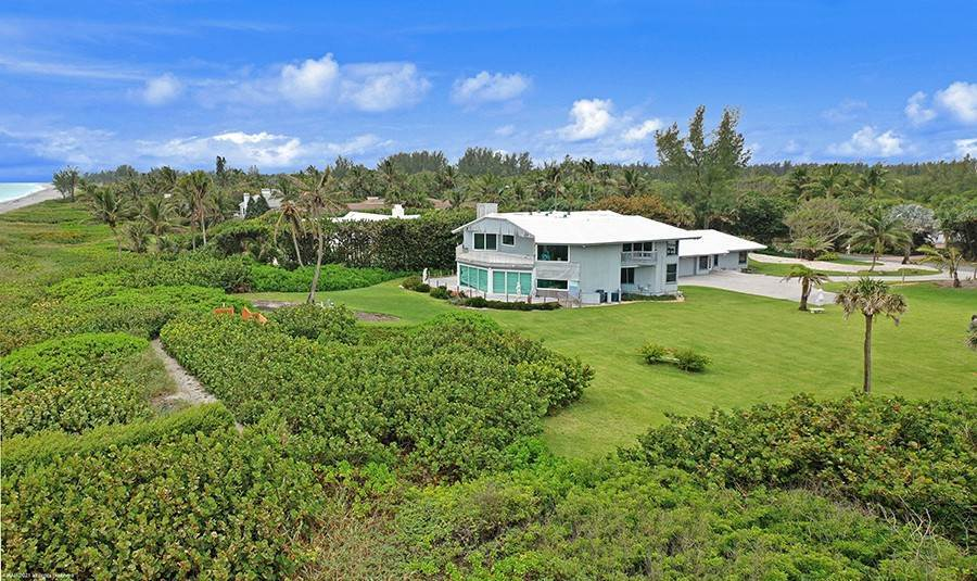 9. Single Family Home のために 売買 アット INTRIGUING OPPORTUNITIES AWAIT! Jupiter Island, フロリダ,33455 アメリカ