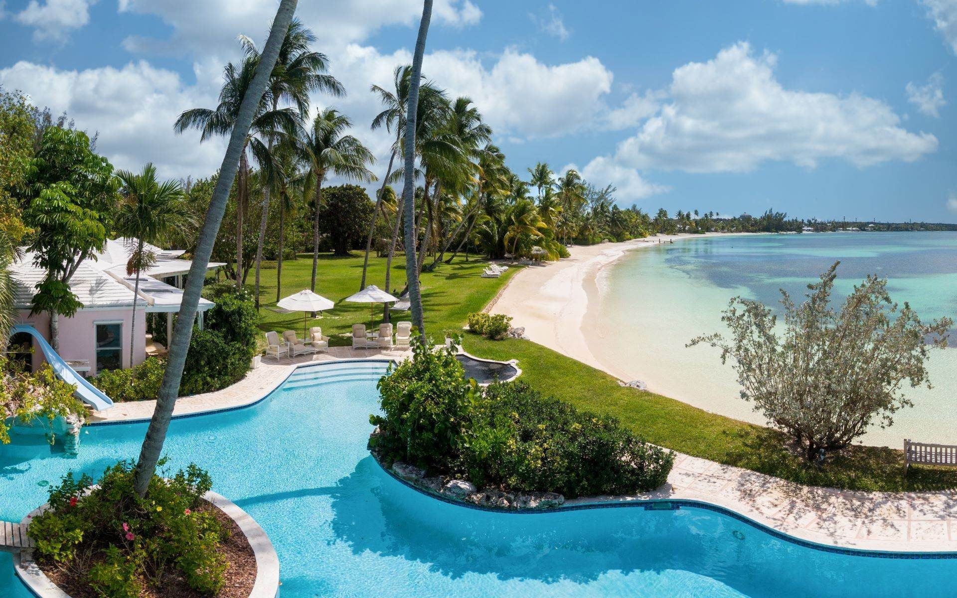 Single Family Home vì Bán tại Magnificent Lyford Cay Beachfront Estate Bahamas