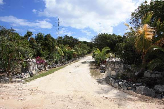 44. Single Family Home for Sale at Waterfront Estate with Amazing Views of Little Harbour (MLS 25910) Abaco, Bahamas