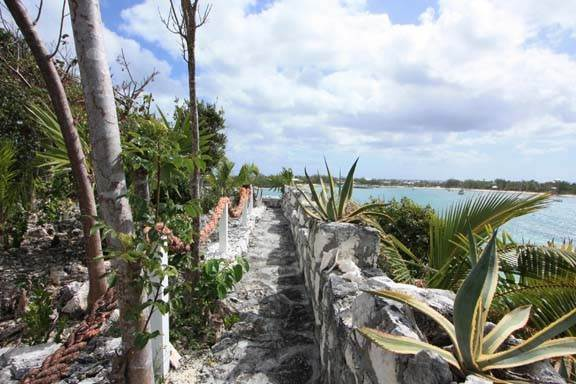 29. Single Family Home for Sale at Waterfront Estate with Amazing Views of Little Harbour (MLS 25910) Abaco, Bahamas