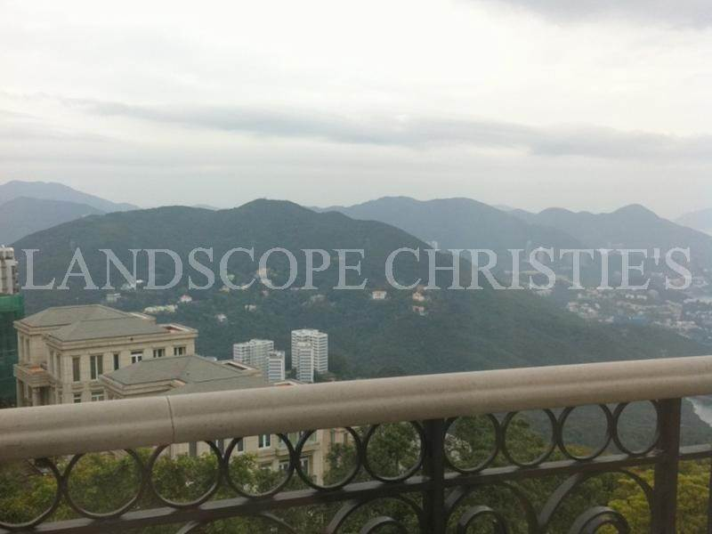 Villa/Townhouse for Sale at 17 Bluff Path The Peak, Hong Kong