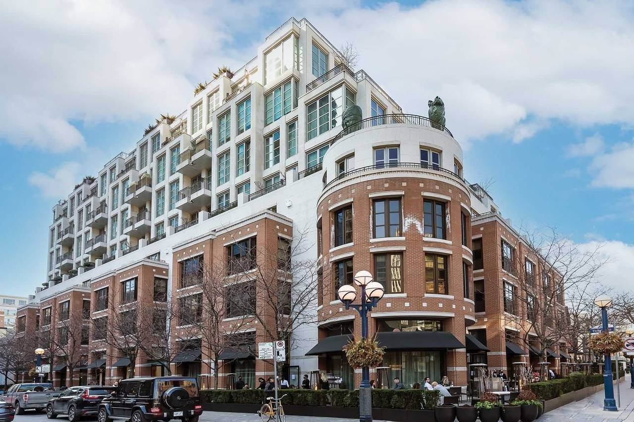 Single Family Home for Sale at #604 - 118 Yorkville Avenue,Toronto #604 - 118 Yorkville Avenue Toronto, Ontario,M5R1H5 Canada