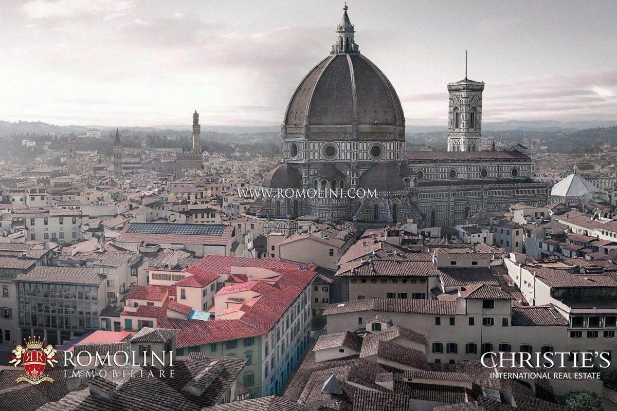 Residence/Apartment for Sale at Florence - LUXURY APARTMENTS FOR SALE NEAR PIAZZA DUOMO Firenze, Italy