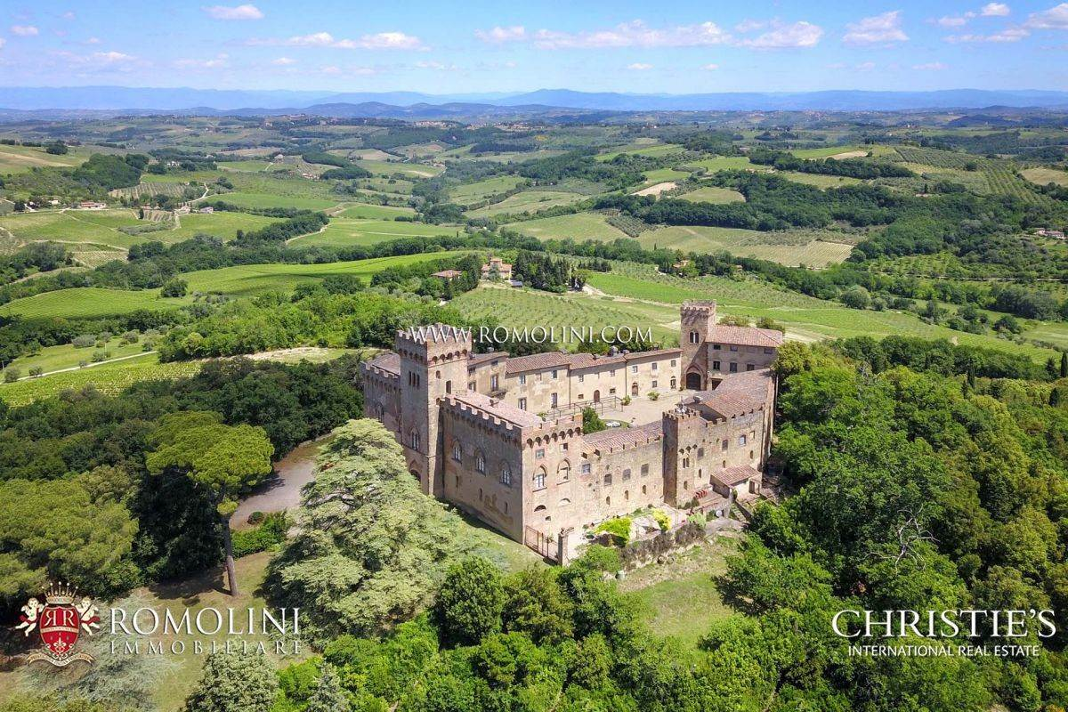 Estate for Sale at Chianti - CASTLE WITH VINEYARDS FOR SALE BETWEEN FLORENCE AND SIENA, TUSCANY Firenze, Italy